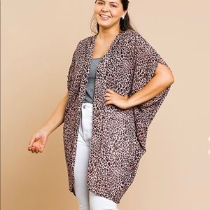Umgee plus size Kimono animal print dusty pink